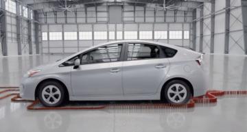 逆再生動画でドミノを使ったトヨタからのメッセージとは?